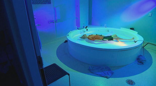 CBS This Morning's Pay Attention: How Sensory Deprivation And Floating Impact The Mind